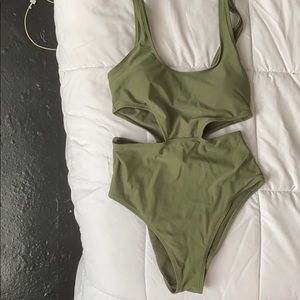 Green Aerie One Piece Swimsuit Size M